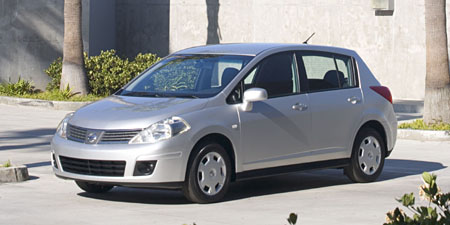 2008 Nissan Versa Hatchback 1 8 SL Overview Nissan Buyers Guide