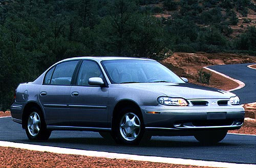 98_oldsmobile_cutlass2.jpg