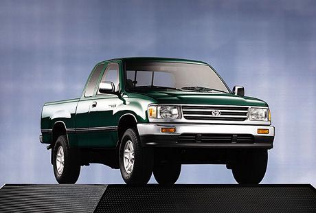 Toyota on Toyota T100 Xtracab 4x4 Sr5 Pickup New Car Review  Toyota T100 Xtracab