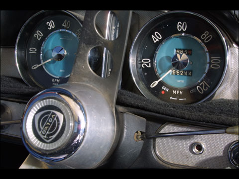 Irv Gordon:Two Million Miles in Same 1966 Volvo P1800 Car Extends World Record