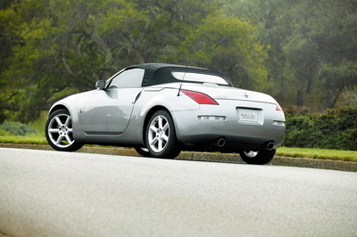 2003 new york auto show nissan 350z roadster convertible oh my. Black Bedroom Furniture Sets. Home Design Ideas