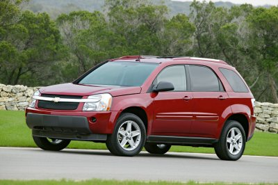 car review 2005 chevrolet equinox. Black Bedroom Furniture Sets. Home Design Ideas