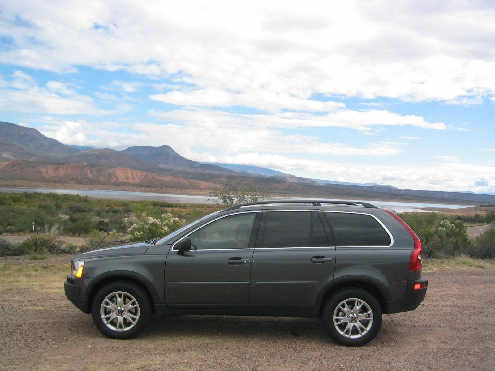 Car Review 2005 Volvo Xc90 V8