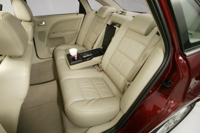 Lg on 2005 Ford Five Hundred Limited Interior