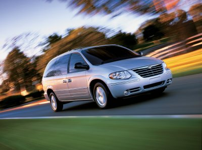 2005 chrysler town and country review. Black Bedroom Furniture Sets. Home Design Ideas