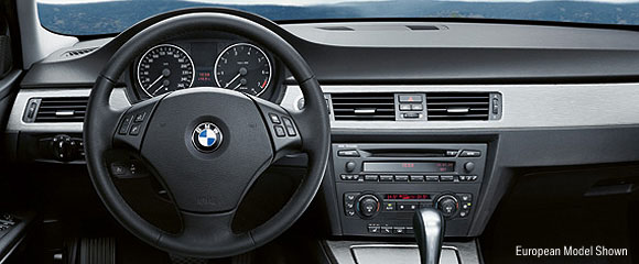 2006 BMW 325i/330i Review
