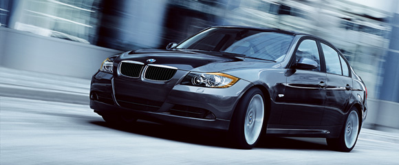 2006 BMW 325i330i Review