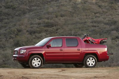 2006 Honda Ridgeline Is First Ever Four Door Truck To Earn Top Government Crash Test Rating