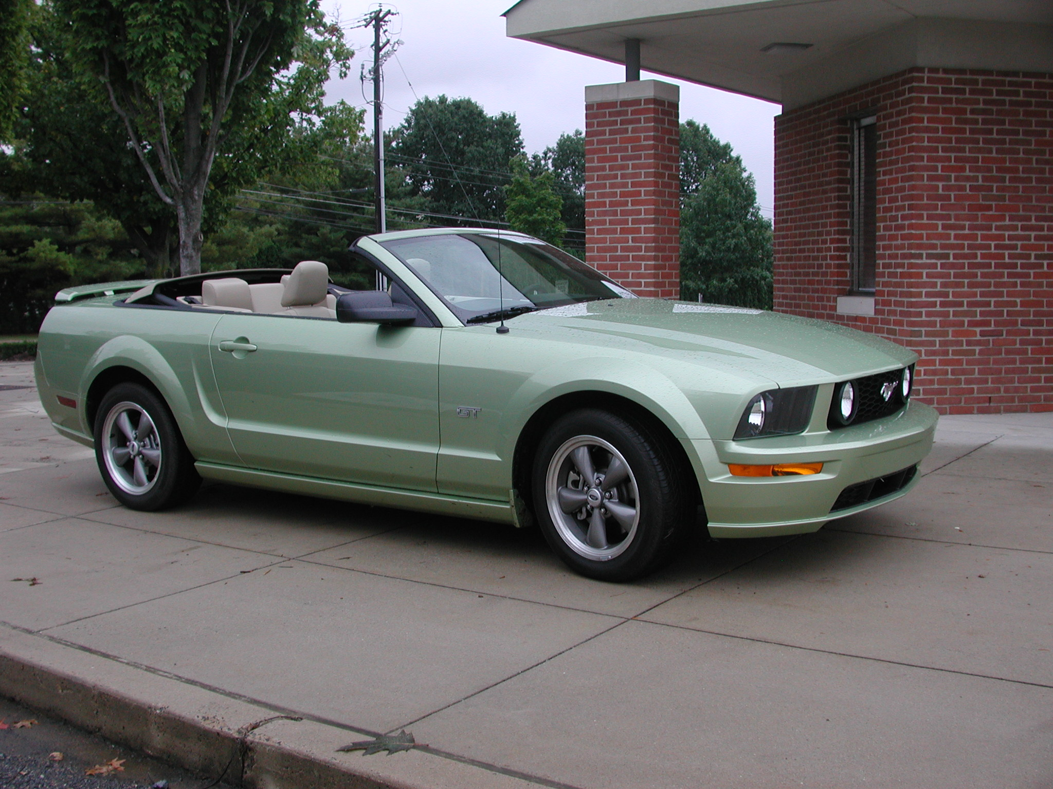 2006 ford mustang gt convertible review