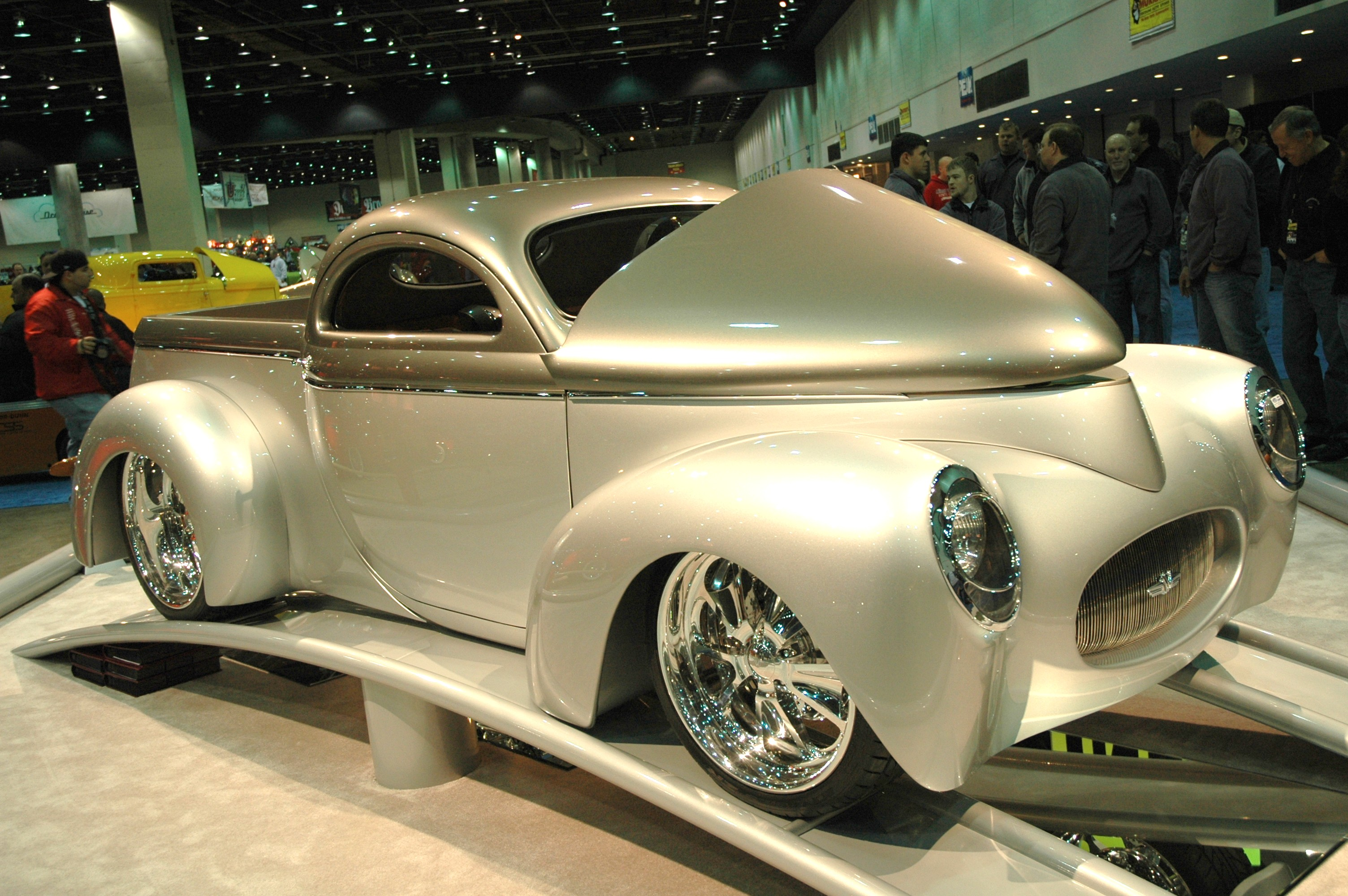 AUTORAMA - Motor City's Hot Rod and Custom Car Extravaganza