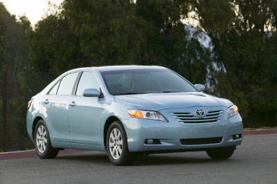 2007 Toyota Camry (XLE Shown)