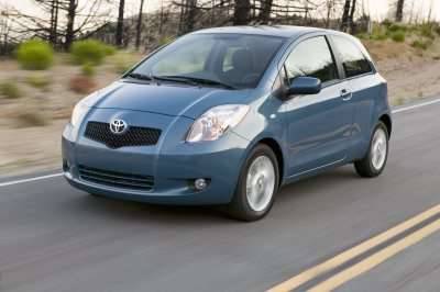 2007 toyota yaris review. Black Bedroom Furniture Sets. Home Design Ideas