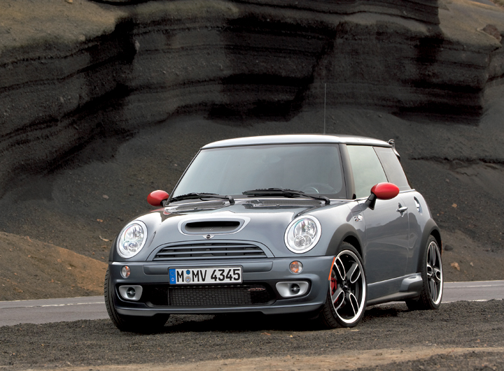 Mini Usa Delivers First Mini Cooper S With John Cooper Works Gp Kit