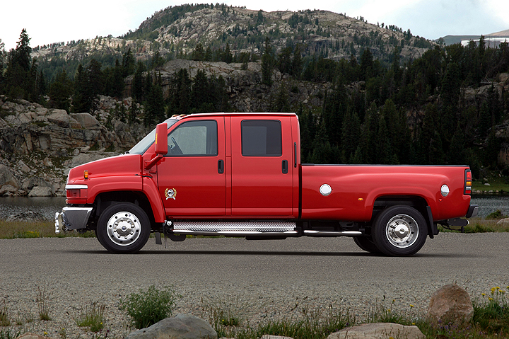 Gm S 2007 Duramax 6 6l V 8 Turbo Diesel Delivers Class