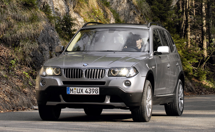 BMW X3 photo gallery