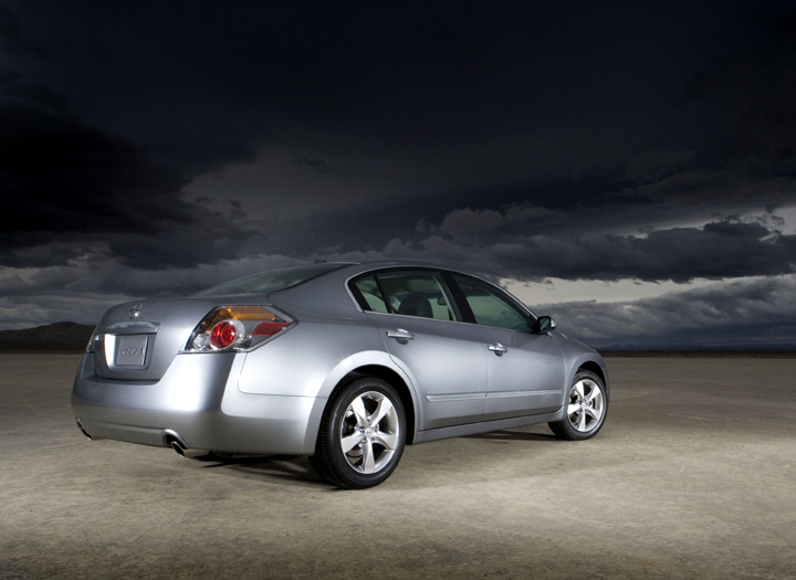 2007 Nissan Altima 3.5 SE Review