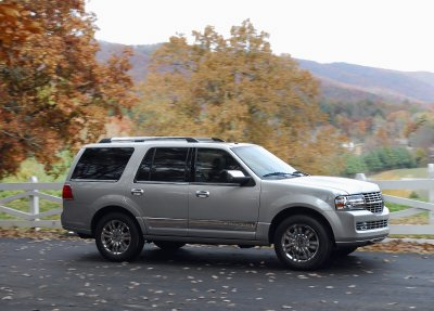 2007 Lincoln Navigator Review