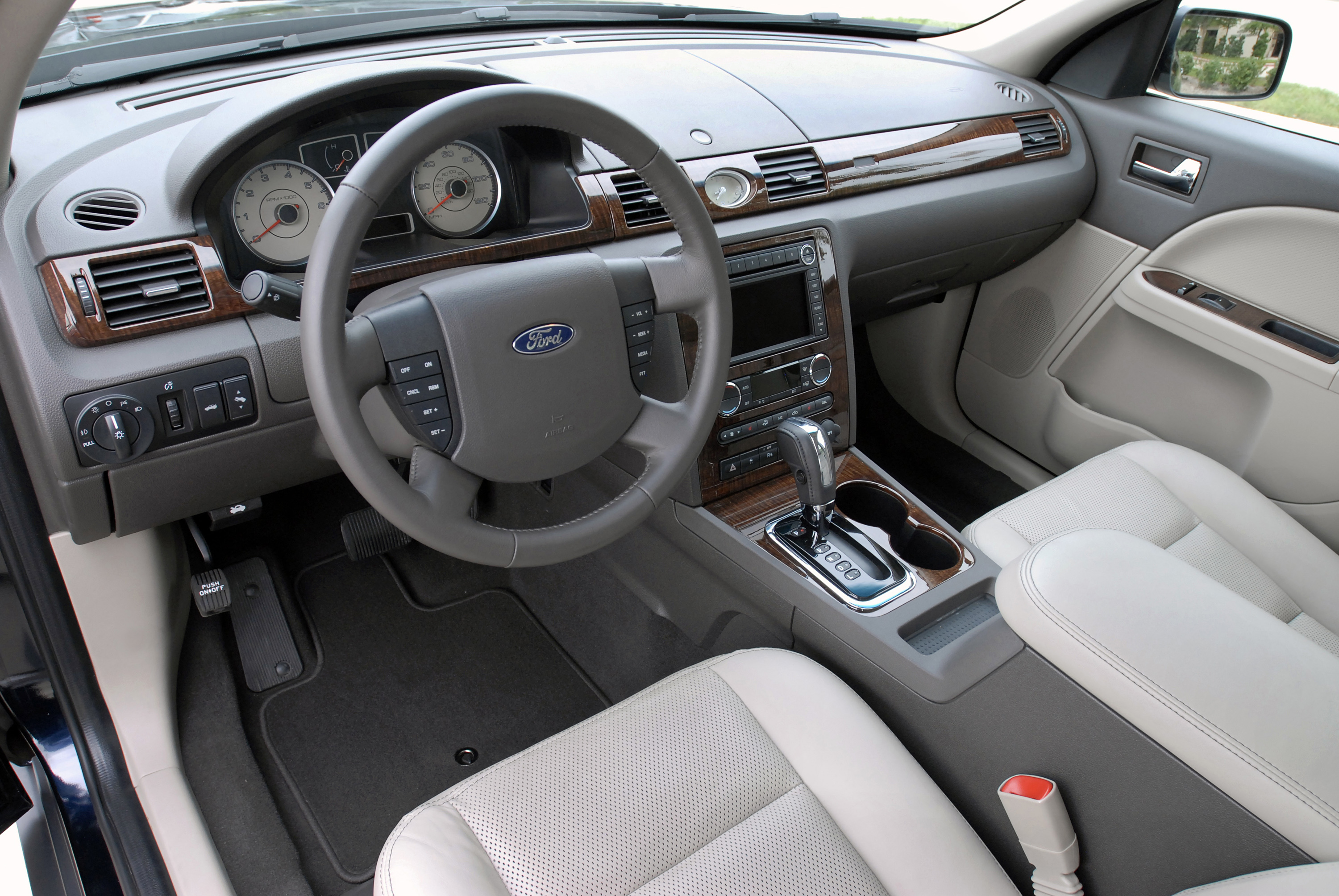 Taurus Perfect Match >> 2008 Ford Taurus Review - Who Says You Can't Go Home Again?