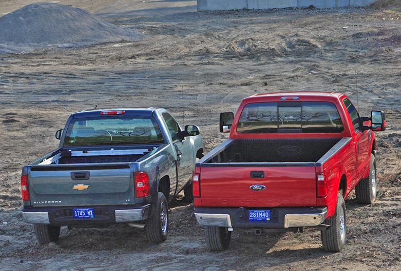 2007 ford f 350 vs ford f 450 review evolution brings new monsters. Black Bedroom Furniture Sets. Home Design Ideas