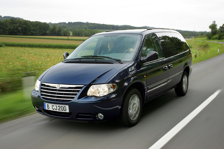 Chrysler Grand Voyager Mpv To Be Launched In China