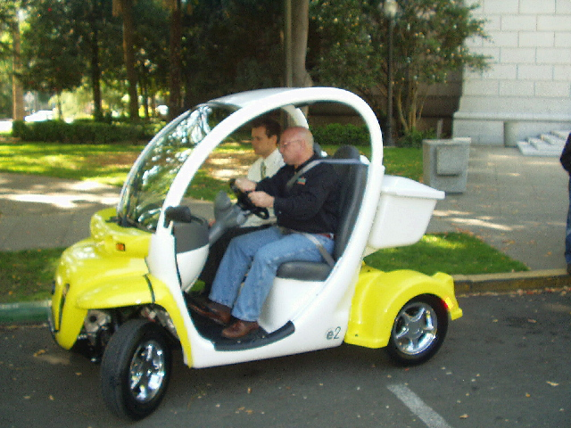 Planned Community Goes Green with GEM Electric-Car ...