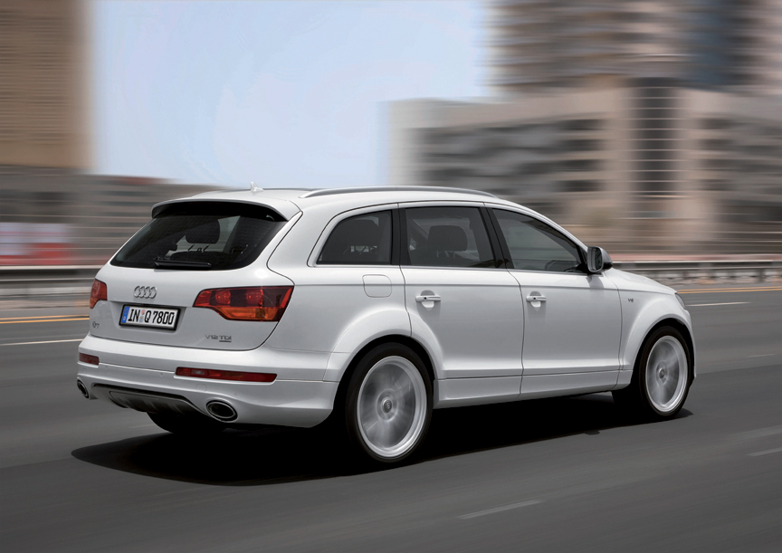 The New Audi Q7 V12 TDI quattro: Masterful Technology