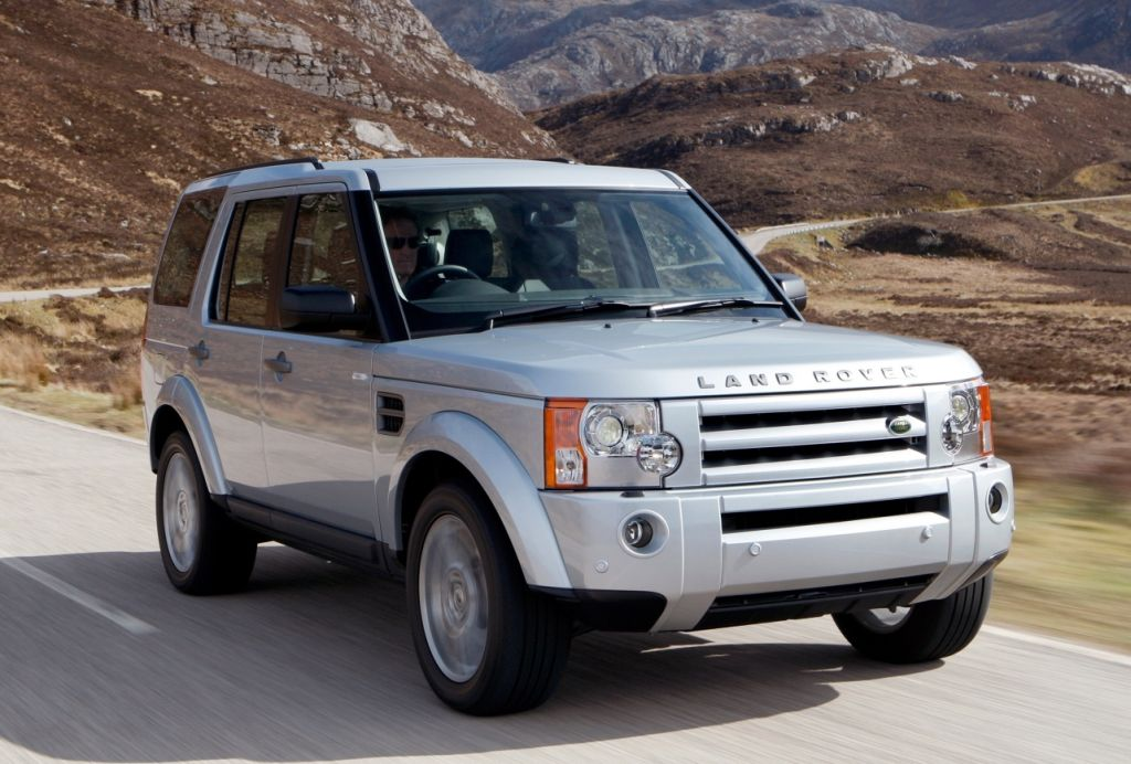Land Rover Discovery 3 Awarded Best Premium Suv In Auto Express Car Honours Awards