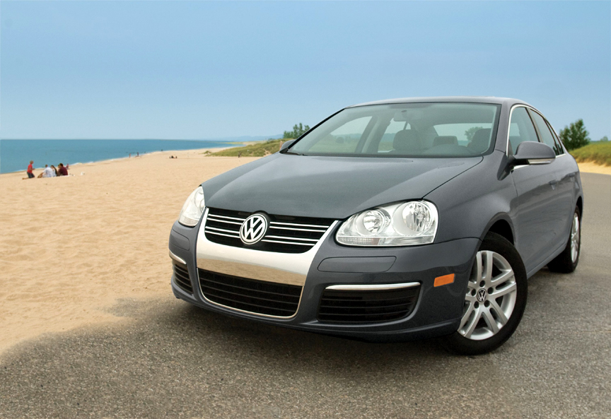 "2008 la auto show: volkswagen's jetta tdi named 2009 ""green car of"