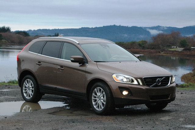 2010 volvo xc60 review and specs. Black Bedroom Furniture Sets. Home Design Ideas