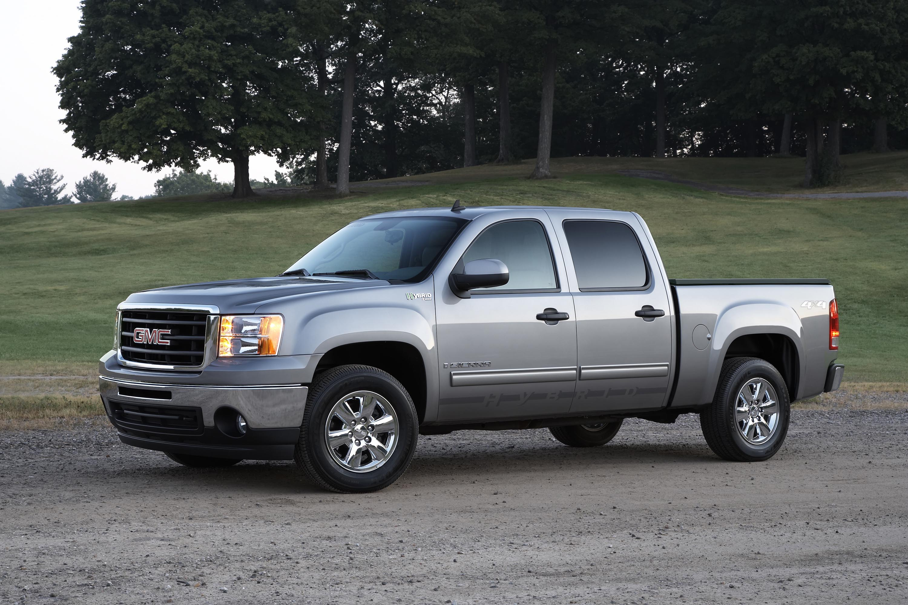 Gm Introduces More Hybrid Models Cadillac Escalade And Gmc Chevy Pickups Join Mix