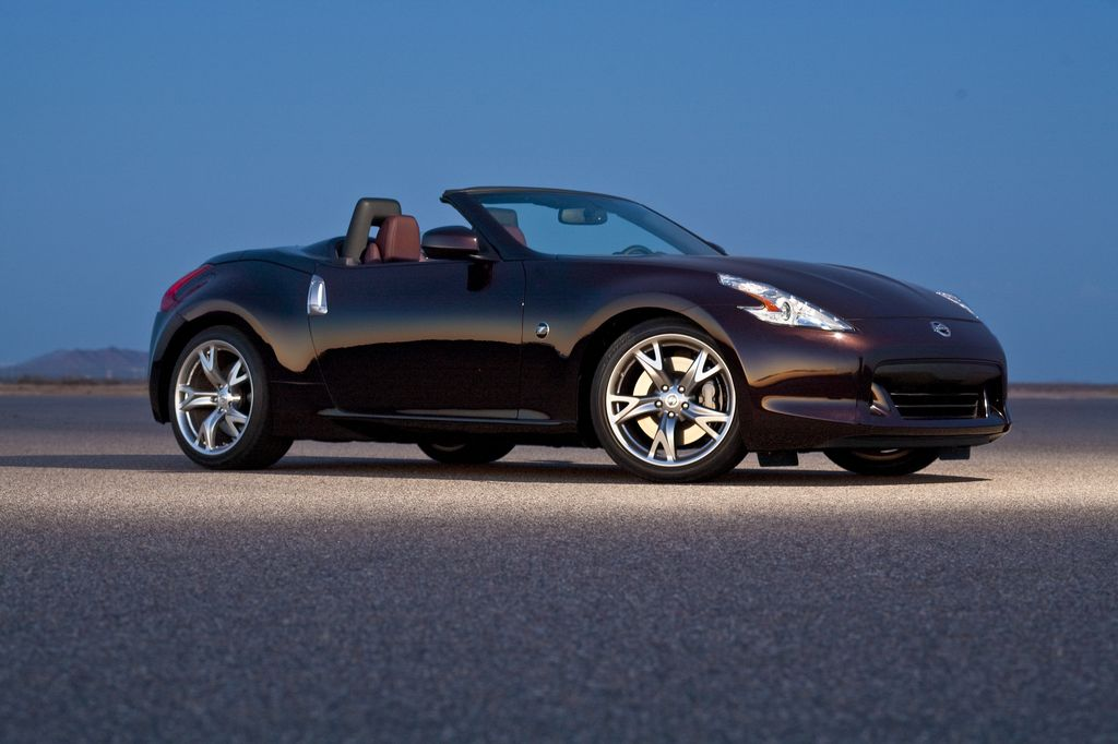 All-New 2010 Nissan 370Z