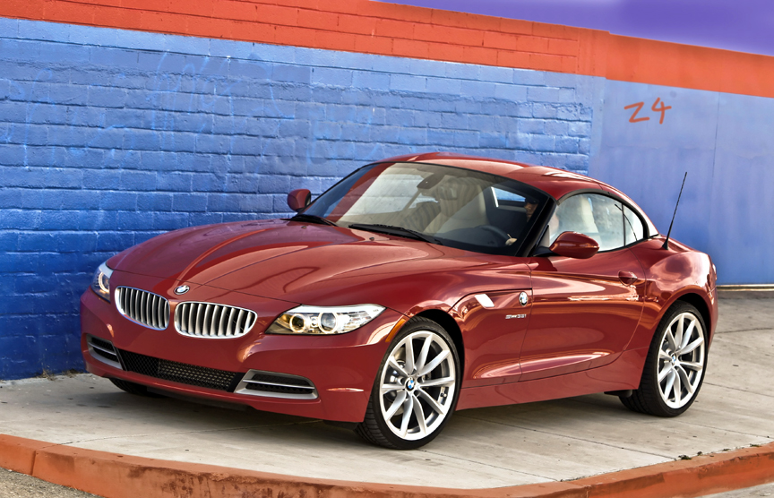 Click to read Henny Hemmes' Review of the 2010 BMW Z4