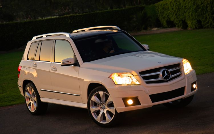 2010 mercedes benz glk350 4matic review. Black Bedroom Furniture Sets. Home Design Ideas