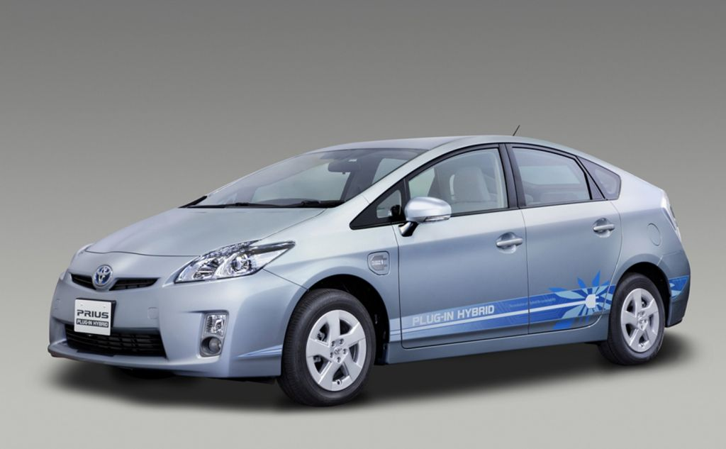 toyota hybrid essay The toyota prius was in the market introduction stage then it matured into the market growth stage in the product life cycle there are four different phases.