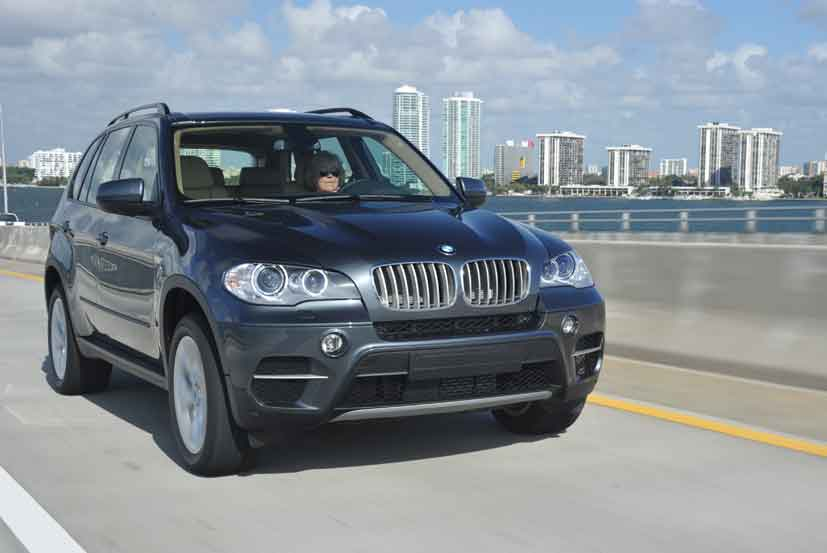 2011 bmw x5 xdrive 40d first drive video enhanced. Black Bedroom Furniture Sets. Home Design Ideas