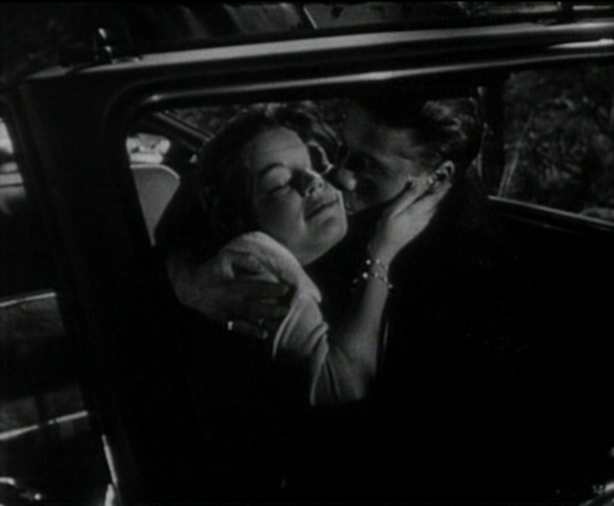 makeout in car