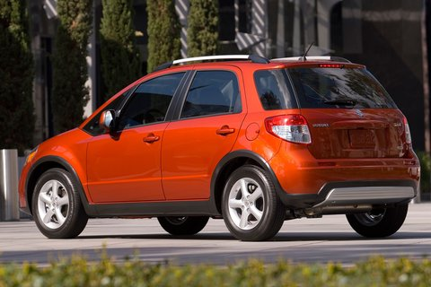 Heels On Wheels 2010 Suzuki Sx4 Review
