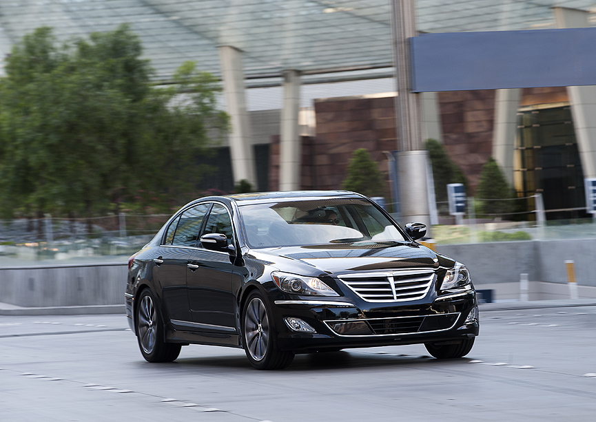 2012 hyundai genesis 5 0 r spec review by john heilig video. Black Bedroom Furniture Sets. Home Design Ideas