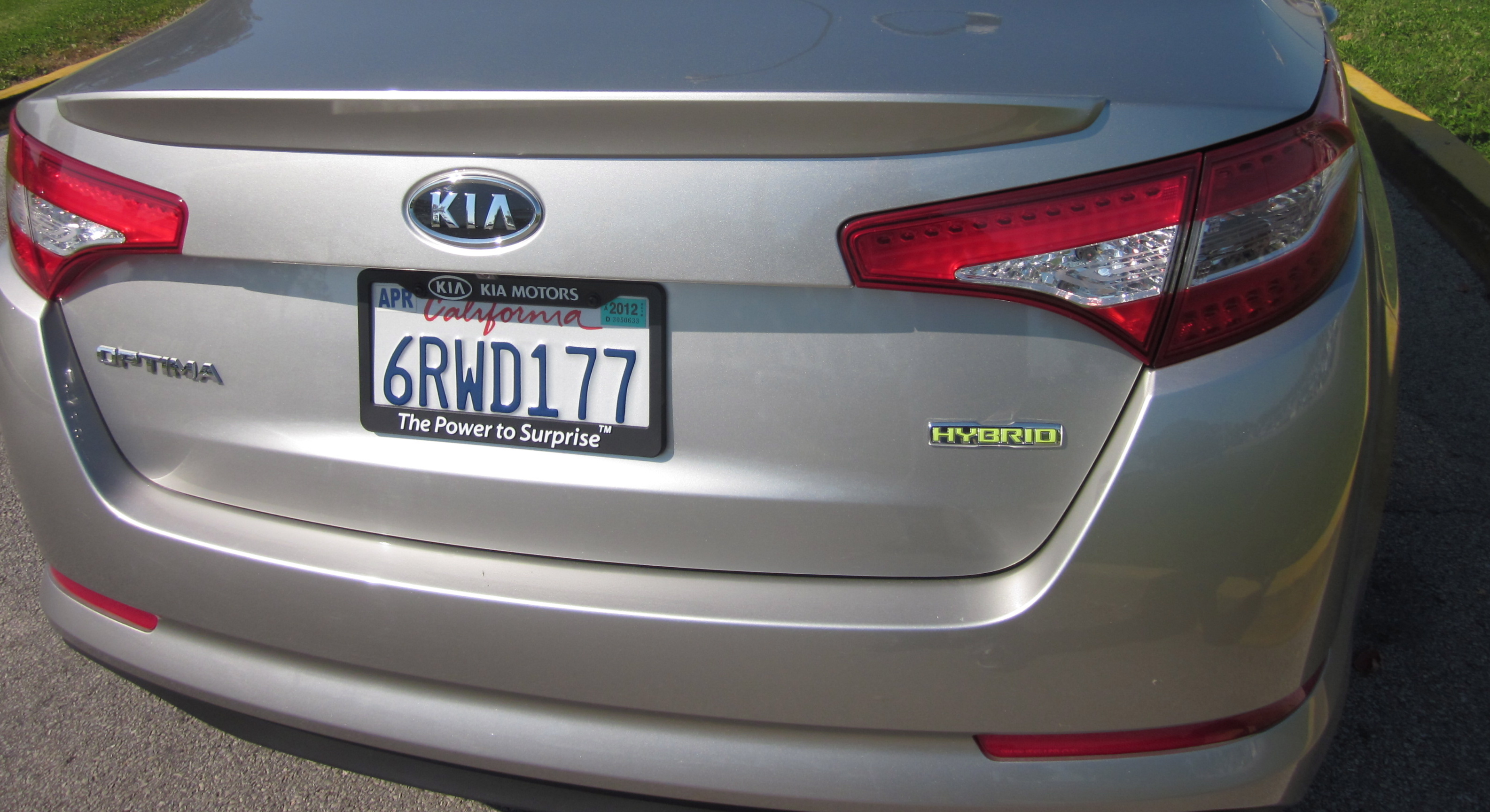 011982 2012 kia optima reviews green or mean by larry nutson 1 lg jpg