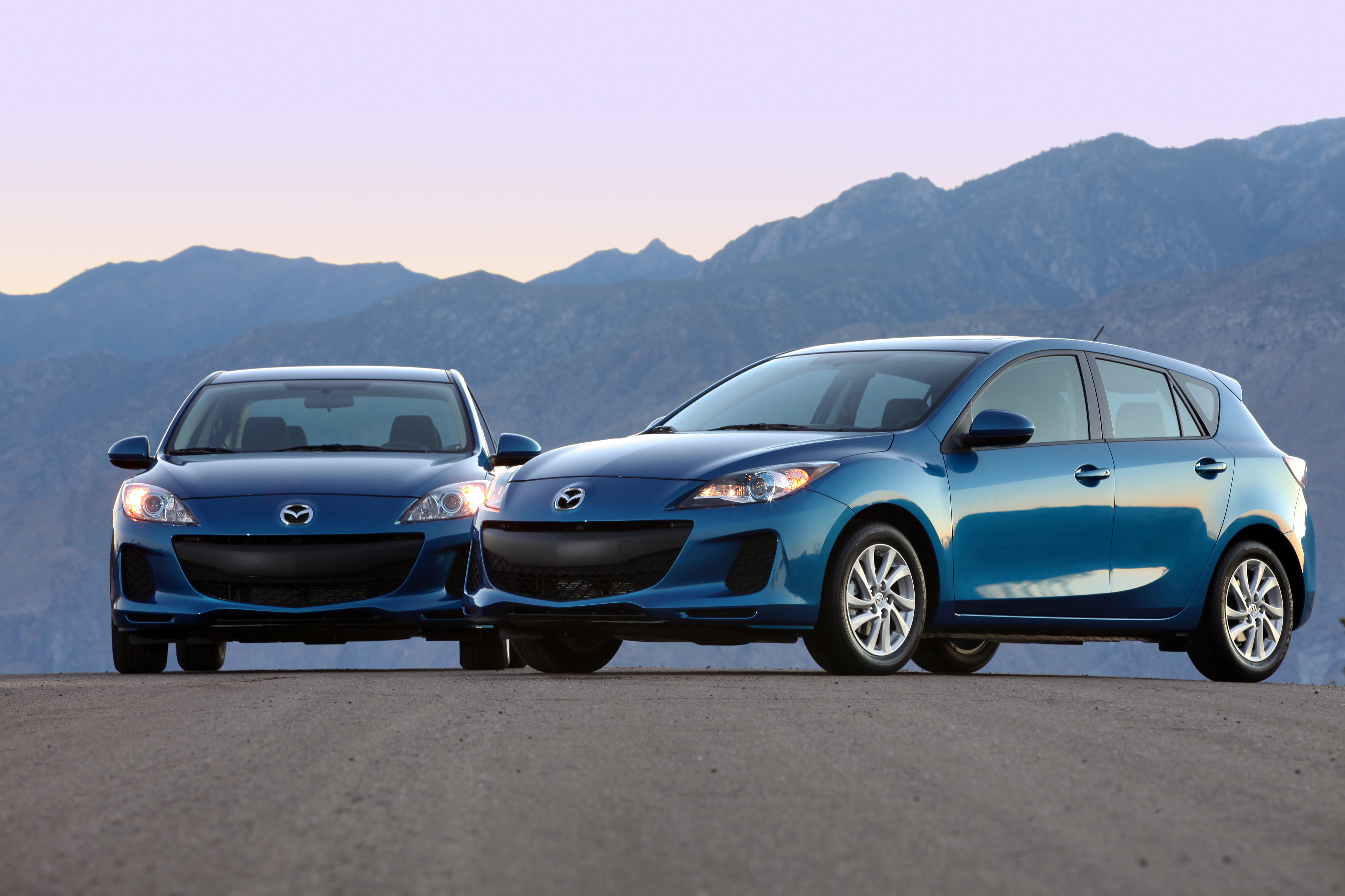 2012 Mazda3 With SKYACTIV Technology Review And Roadtest By Larry Nutson  +VIDEO