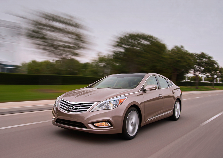 2011 La Auto Show Hyundai Reveals New Azera Video