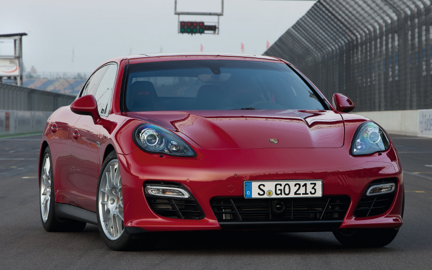 Porsche Panamera GTS The Door Sports Car VIDEO - Sports cars with 4 doors