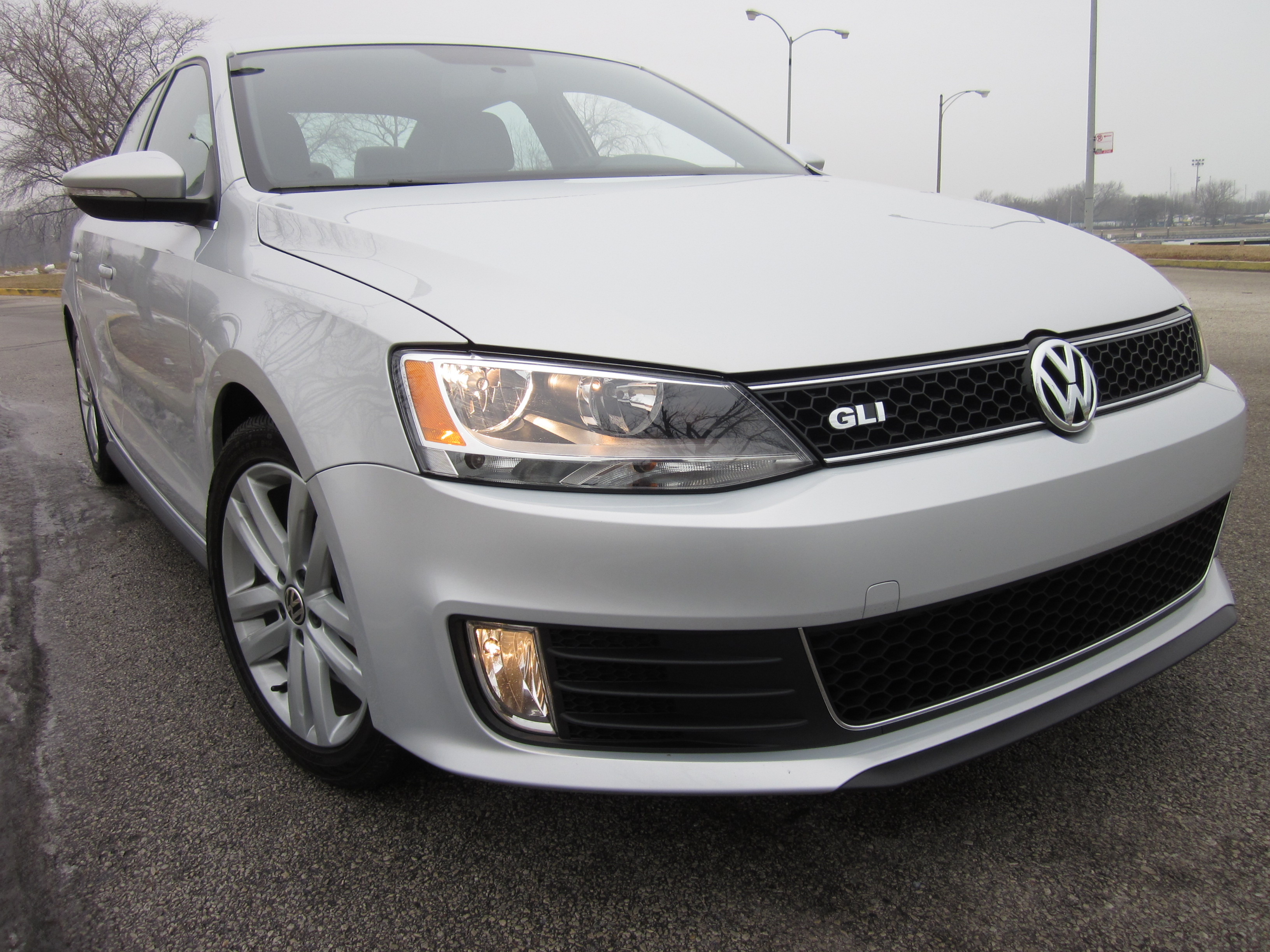 2012 Volkswagen Jetta GLI Review and Fun Drive by Larry Nutson +VIDEO