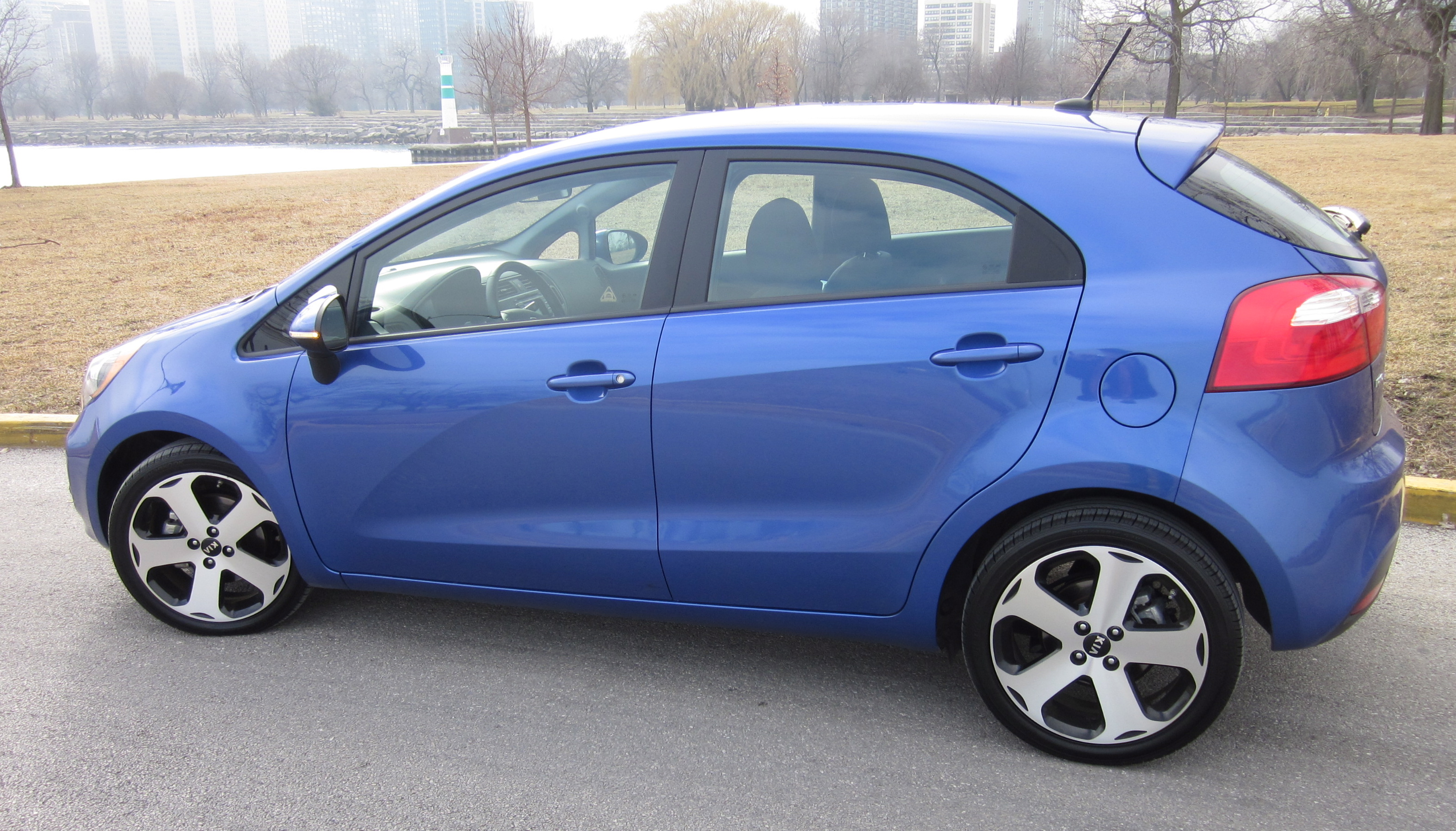 2012 Kia Rio Review By Larry Nutson Video