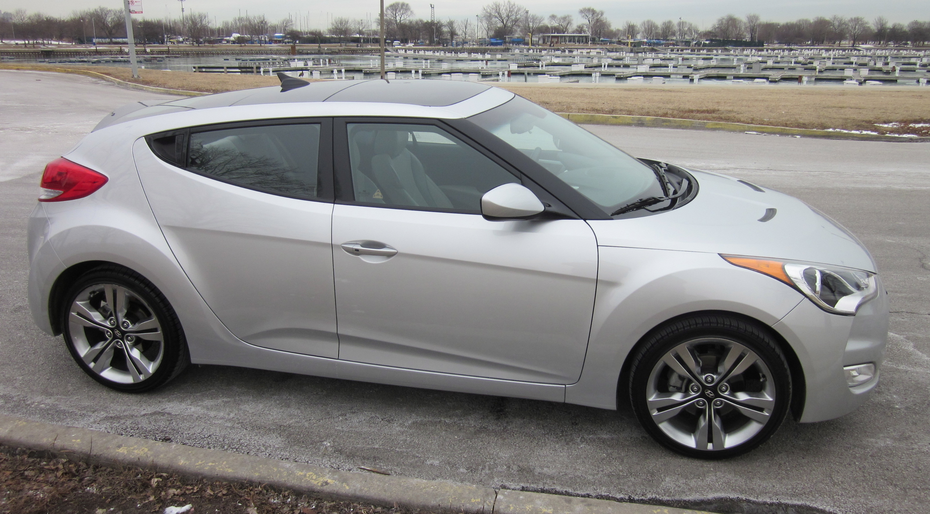 2012 HYUNDAI VELOSTER (select To View Enlarged Photo)