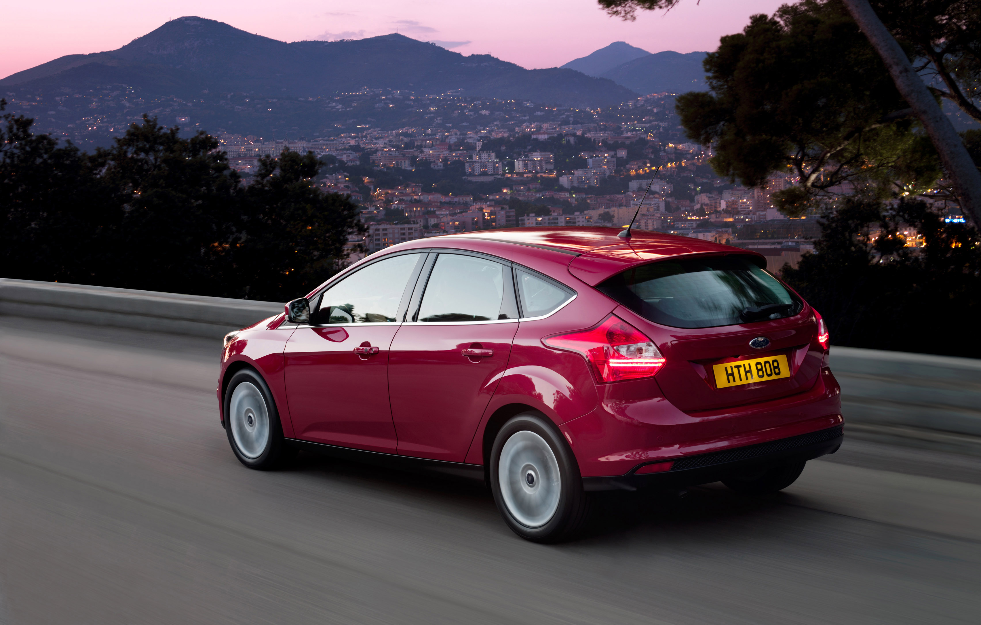 2012 Ford Focus 5-door hatchback