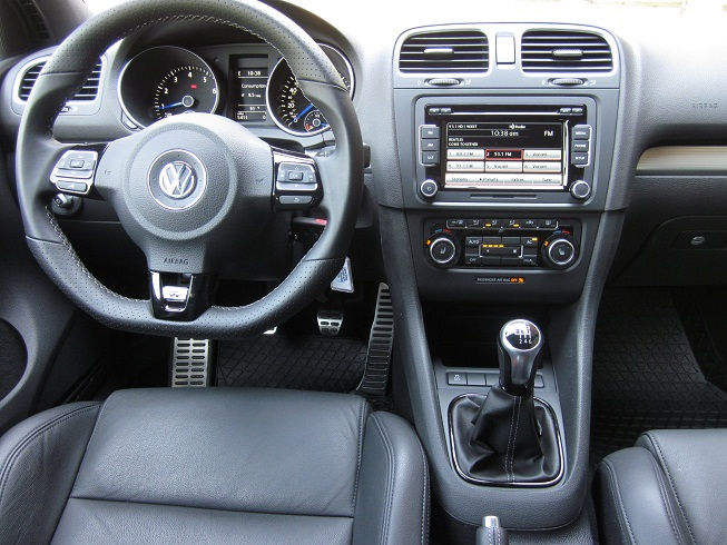 2012 volkswagen golf r review lots of fast for lots of cash by rh theautochannel com volkswagen golf 2012 owner's manual vw golf 2012 manual pdf