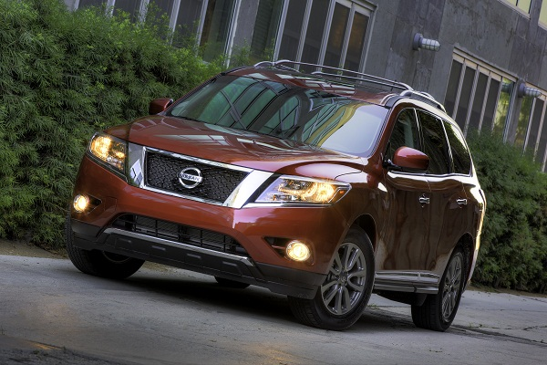 2013 Nissan Pathfinder A Next -Gen SUV By Larry Nutson
