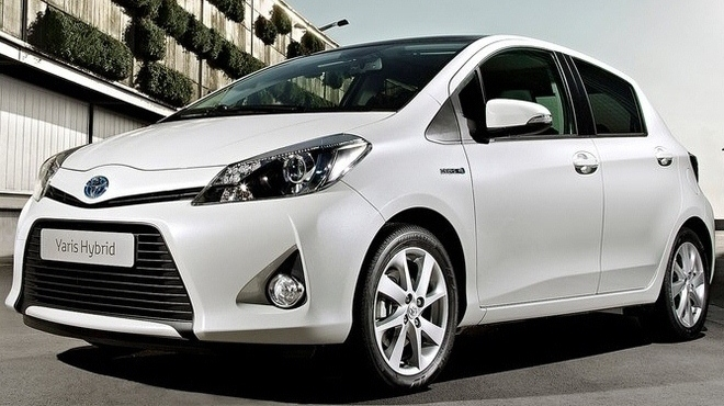 new toyota yaris sport car