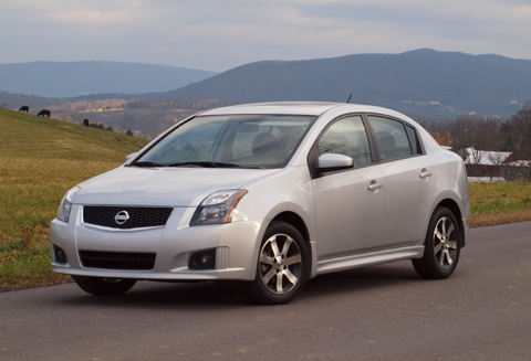 HEELS ON WHEELS: 2012 NISSAN SENTRA REVIEW